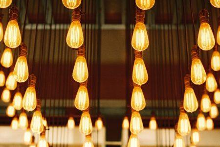 lots-of-lightbulbs